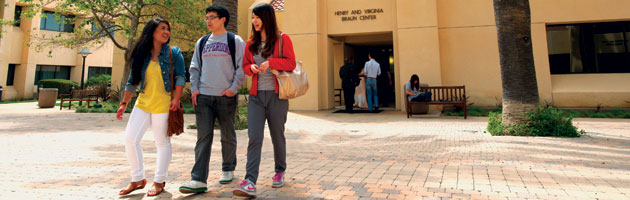 International Students walk through campus - Pepperdine University