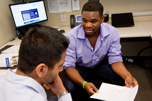Students discuss reports - Pepperdine University