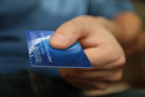 Access benefits with an Alumni ID Card