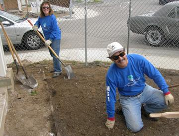 Crest Board members Eileen and Tim Bice help landscape the yard for the Pepperdine Habitat for Humanity House