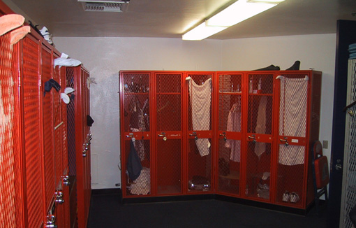 FFH staff/official locker room w/metal lockers