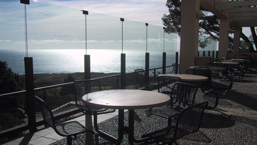 Waves Cafe outdoor dining patio